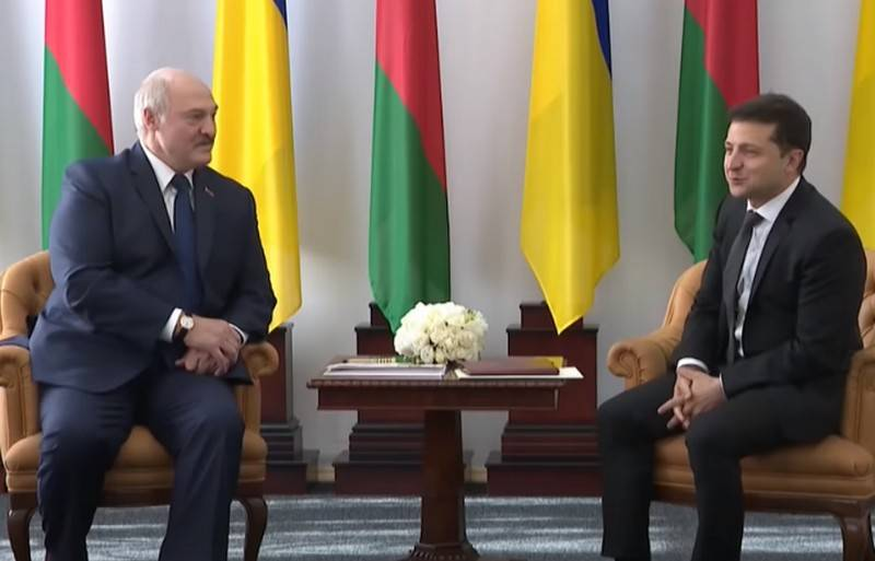 Зеленский и Лукашенко обсудили вопрос экстрадиции задержанных в Минске россиян