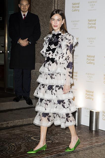Дэвид и Виктория Бекхэм, Кейт Мосс и другие на благотворительном вечере в Национальной портретной галерее Лондона Красная дорожка