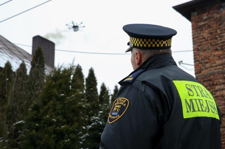 Нюхающие дроны против национ…