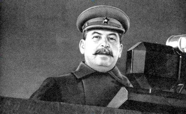 Дмитрий Губерниев: «Где товарищ Сталин был в первые три дня войны? Он зассал и никуда не высовывался»