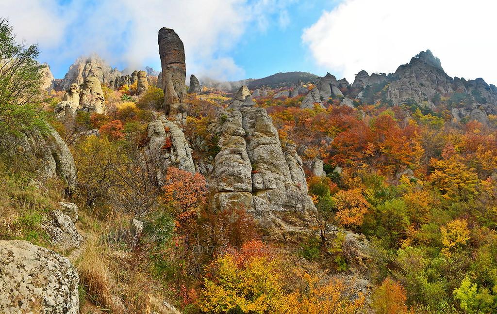 КРЫМ. Золотая гора в панорамах