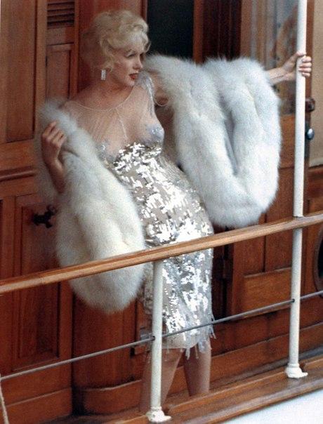 """Легендрные наряды — суперсексуальное платье  Мерилин Монро из фильма """"В джазе только девушки"""""""