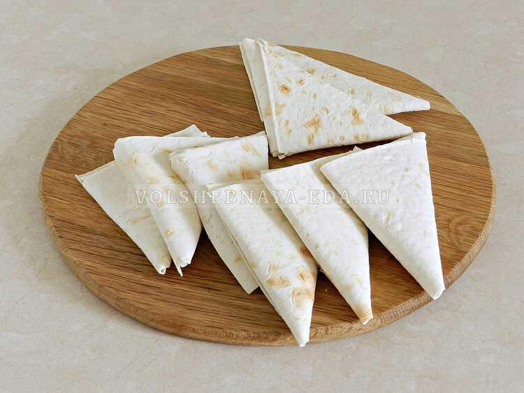 lavash s syrom na skovorode 9