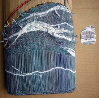 flap-and-back-partly-woven (320x316, 104Kb)