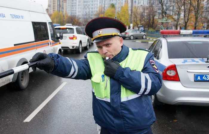 Три водительских акта взаимной вежливости, которые могут закончиться штрафом