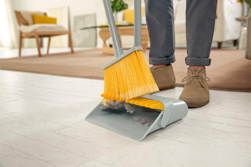 Как убрать дома, чтобы приманить деньги: народные ритуалы и приметы