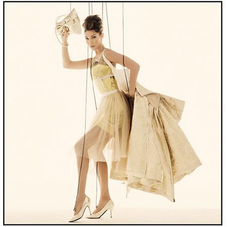 От Ирины Шейк для Moschino до Карли Клосс для adidas: дайджест fashion-новостей недели funfurla,Мода,Новости моды