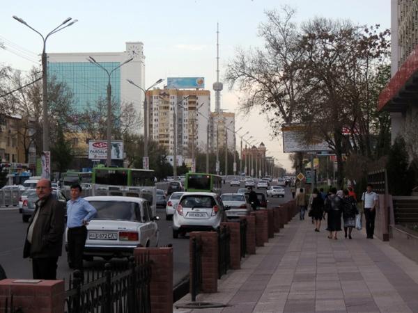 ВУзбекистане республиканские автомобильные номера заменят намеждународные
