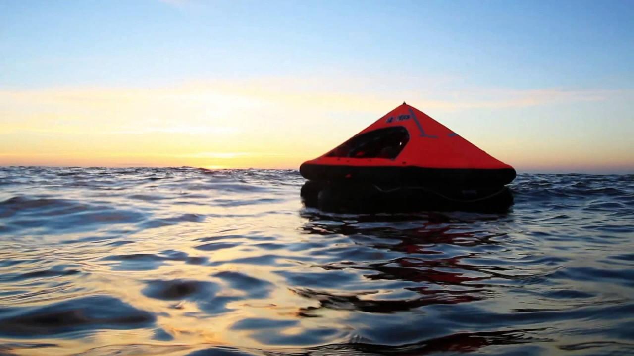 Выжить любой ценой: что делать, если вы оказались в открытом море после кораблекрушения