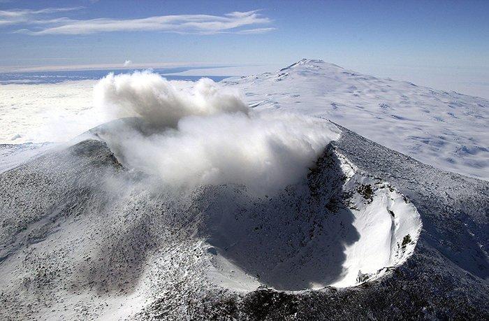 В Антарктиде есть вулкан Антарктика, антарктида, интересно, ледяной континент, познавательно, секреты Антарктики, удивительно, факты