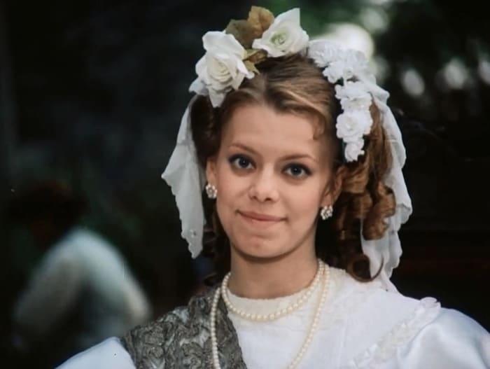 Яна Поплавская в фильме *Узник замка Иф*, 1988 | Фото: kino-teatr.ru
