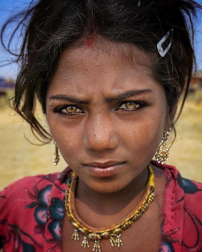 Прекрасный индийский народ: 30 проникновенных портретов от польского фотографа
