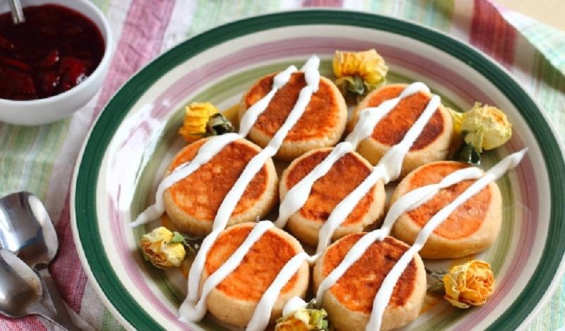 Сырники с гречневой мукой: полезный завтрак из пачки творога