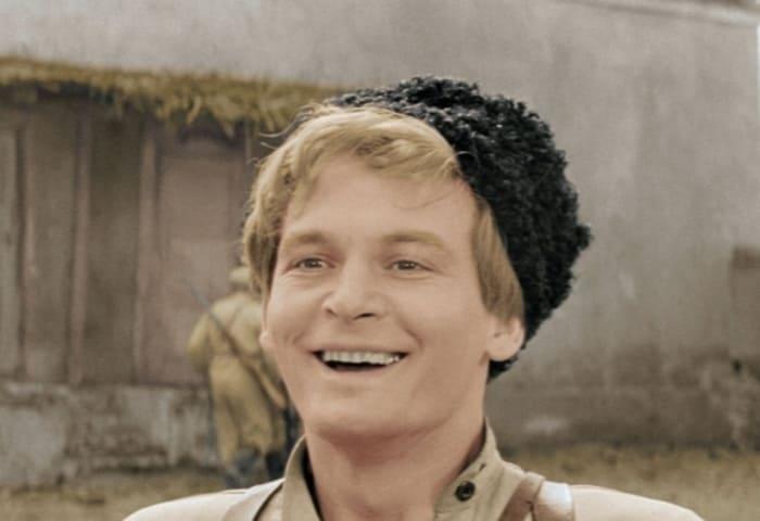 Василий Лановой в фильме *Офицеры*, 1971   Фото: liveinternet.ru