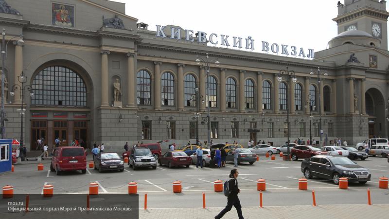 Поезд из Москвы в Москву вызвал неоднозначную реакцию в Сети