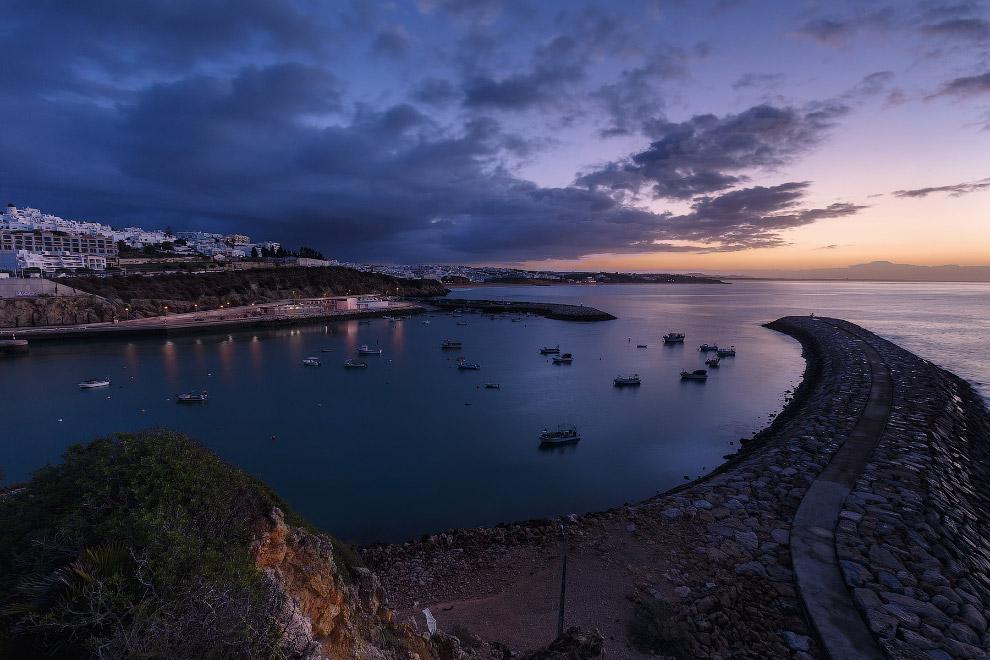 Португалия: солнечный Алгарве или серых туч океан