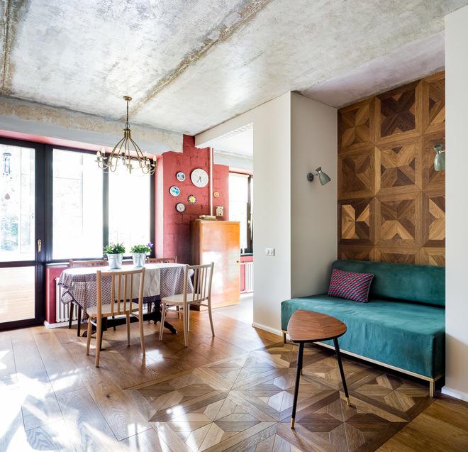 В гостях: Квартира учительницы—с бетонным потолком и винтажной мебелью