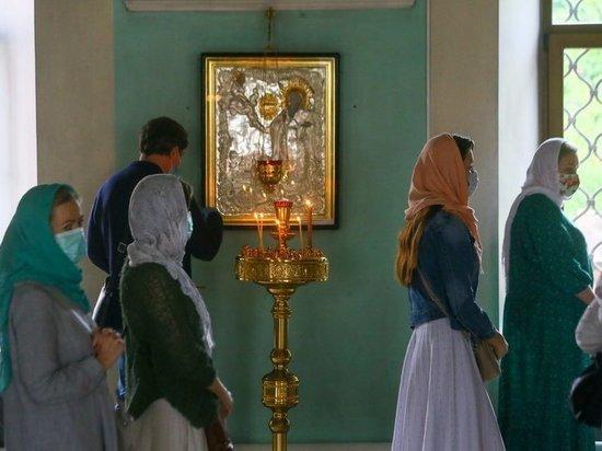 Молитва против коронавируса стала самой популярной в храмах Москвы коронавирус,общество,россияне,РПЦ