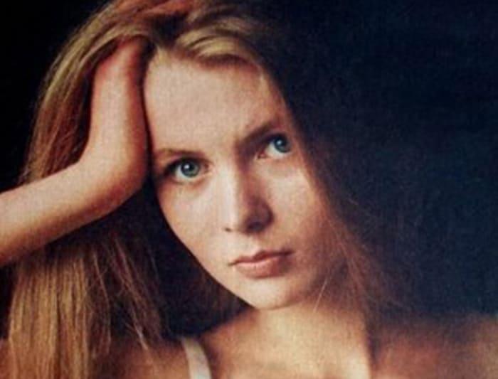 Анастасия Немоляева на постере журнала *Советский экран*, 1988 | Фото: kino-teatr.ru