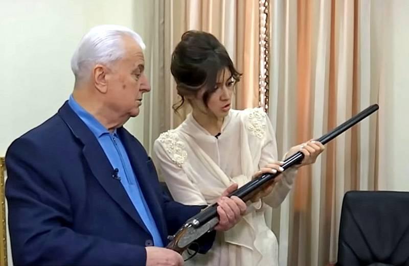 «Ружье из коллекции Геринга»: Кравчук показал, чем собрался убивать русских