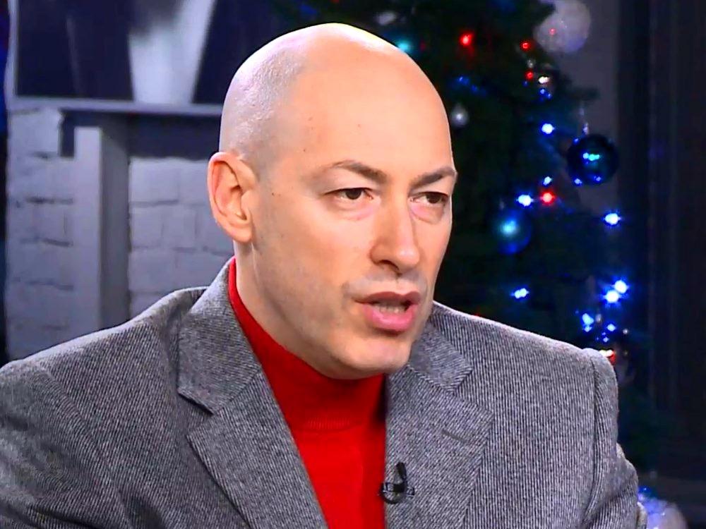 Гордон рассказал, что должен был сделать Лукашенко, чтобы остаться отцом нации