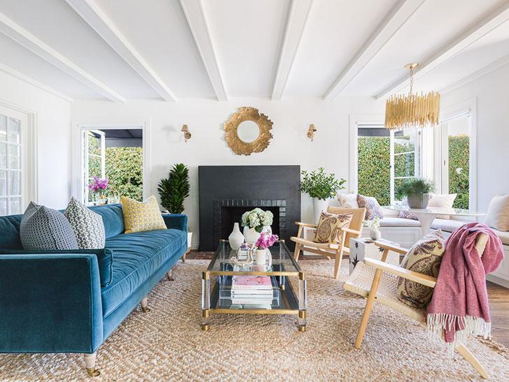 Жизнерадостный интерьер дома в Санта-Барбаре