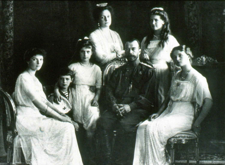 """Под грифом """"Секретно"""": Расследование убийства Царской семьи. Что от нас скрывают россия"""