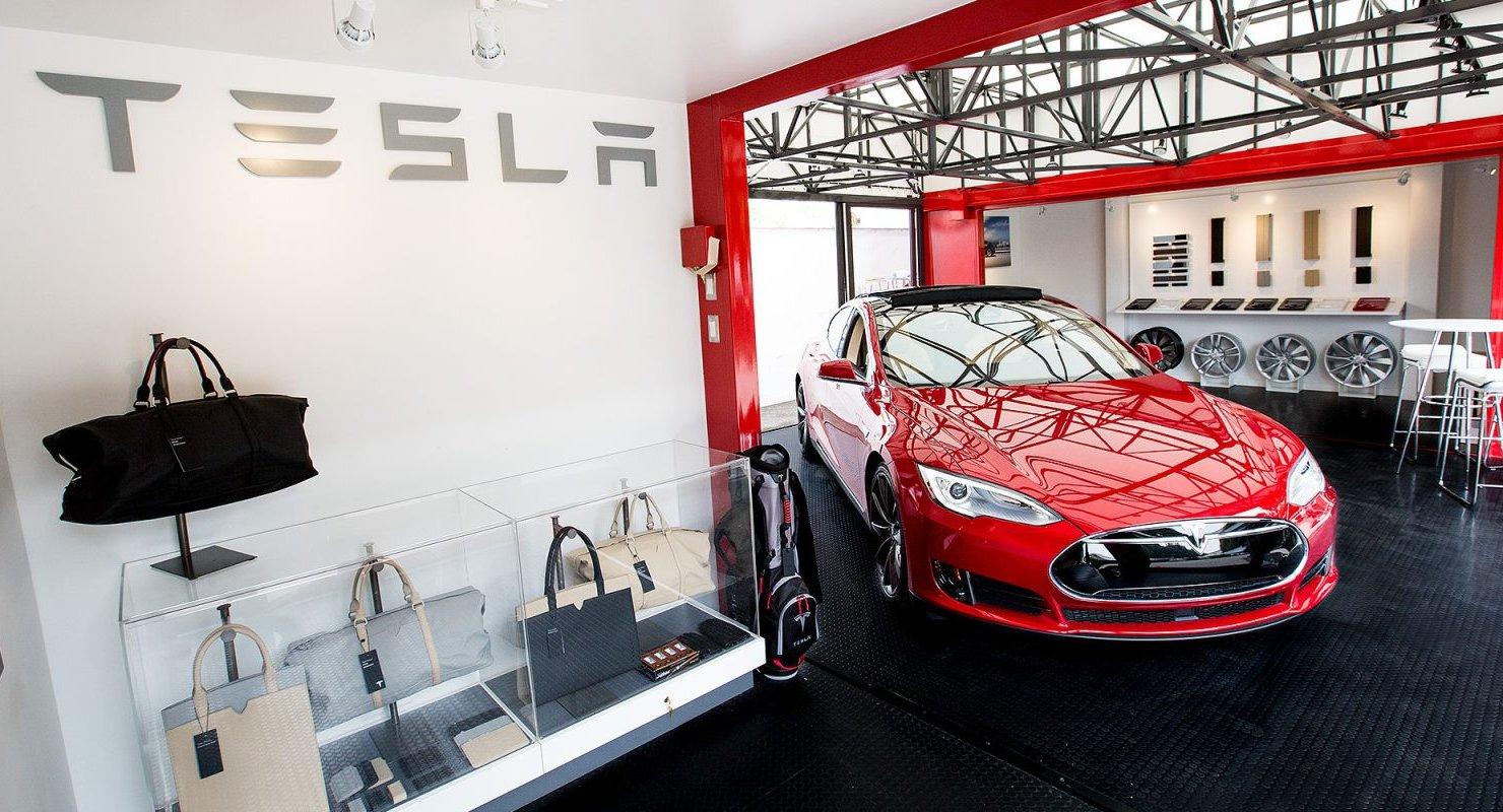 Tesla присматривается к ресторанному бизнесу под новыми торговыми марками Автомобили