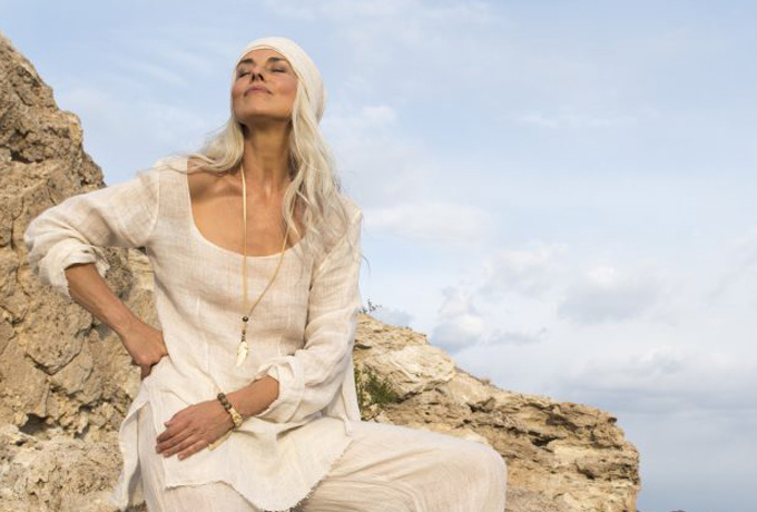 10 отличий счастливой женщины от «вечно уставшей»
