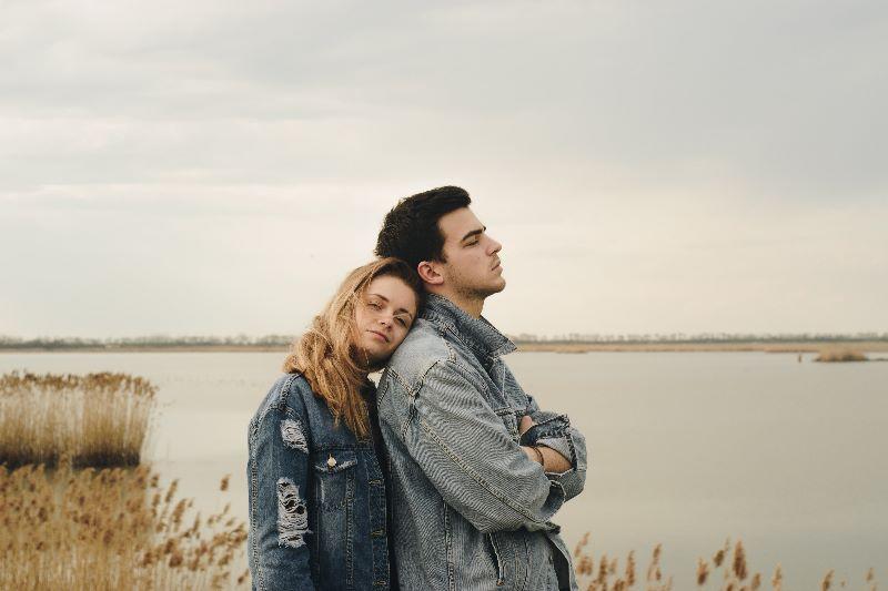 Что делать, если человек, которого вы любите, боится обязательств отношения,психология