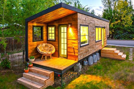 Гостиная, спальня, рабочее место, кухня и ванная комната - на 18 кв. м!