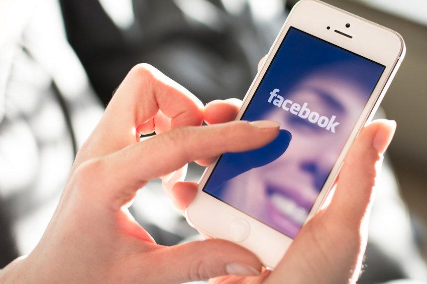 Facebook вводит 20-процентный НДС на рекламу в России