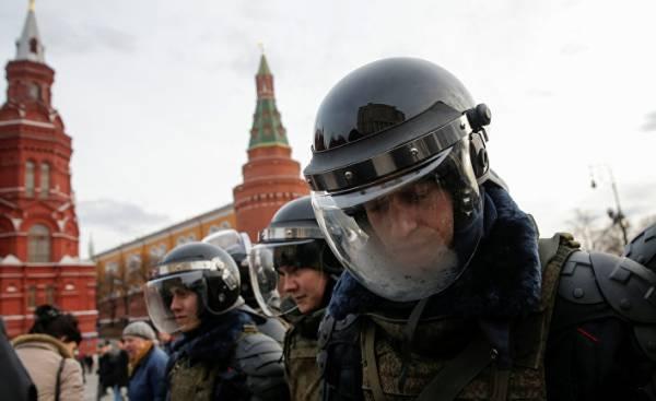 Стратегия властей в борьбе с протестом: главное – угодить Путину…