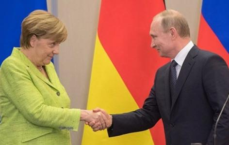 Путин заманил Меркель в Сочи…