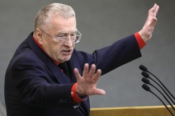 Жириновский предложил запретить пропаганду алкоголя в советских песнях