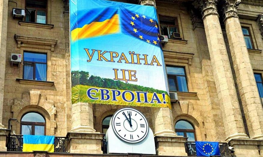 На Украине осознали, что страна отстала от России и надоела Западу