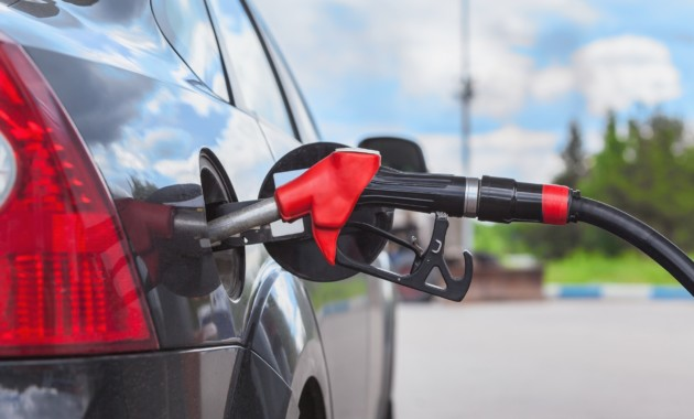 Как понять, что заправился некачественным топливом, и что при этом делать