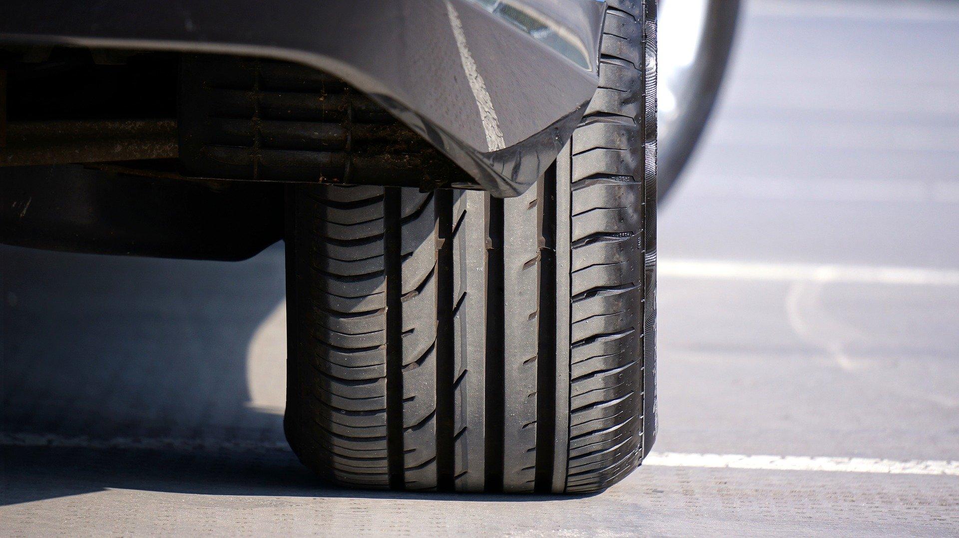 Как правильно накачивать шины автомобили,Полезные советы
