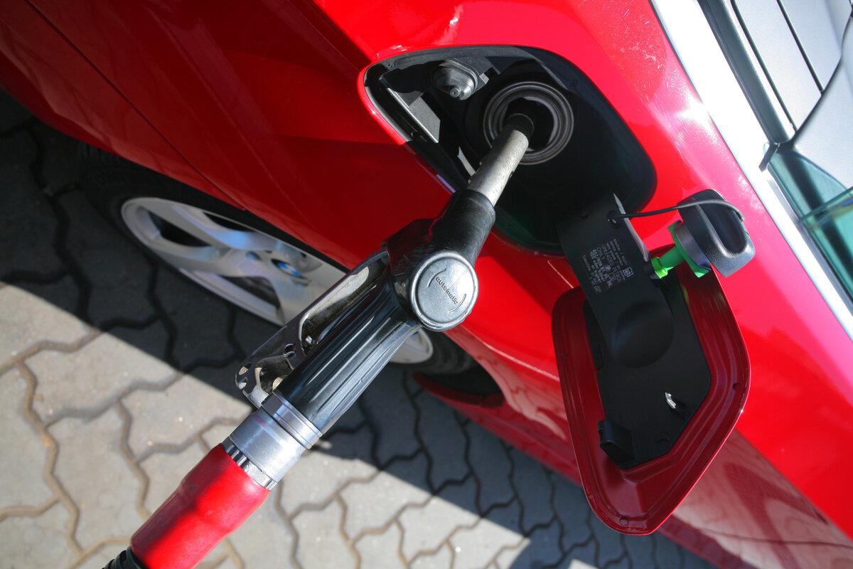 Насколько экономичнее заливать 95 бензин вместо 92 авто,авто и мото,водителю на заметку,машины,советы