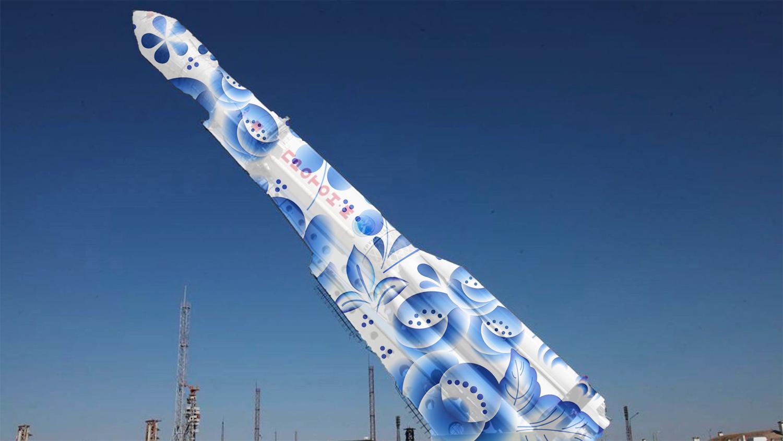 Рогозин предложил украсить российские ракеты хохломой и гжелью