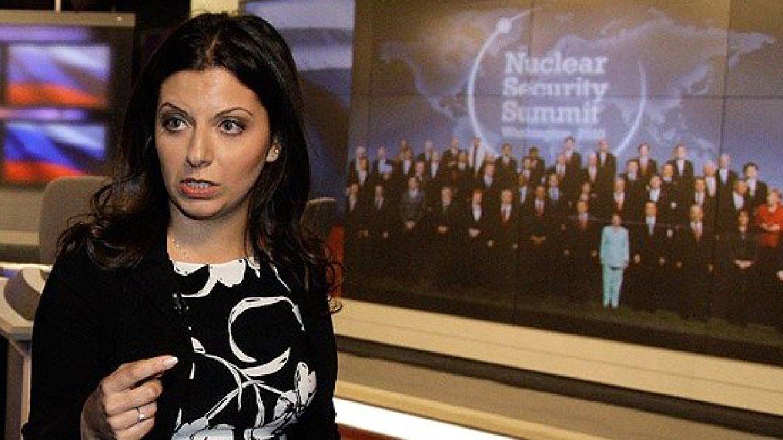 «Почувствуй изоляцию»: Симоньян на фото показала, как приняли Лаврова и Порошенко в Мюнхене