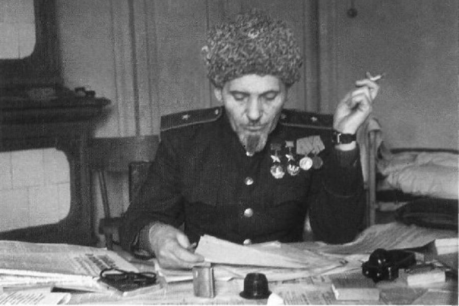 Сталин решал проблемы быÑтро, Ñпокойно и Ñффективно. Ковпак раÑÑказывает Ñлучай