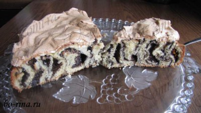 Пирог с маком и лимонным безе