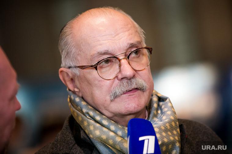 Михалков: сколько зарабатывают актеры, поддержавшие протесты богема,зарплаты,Михалков,общество,россияне
