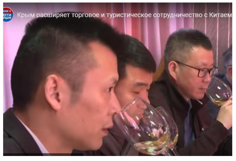 Власти Крыма хвастались «бизнес-делегацией из Китая». Но это были оптовики с рынков Москвы