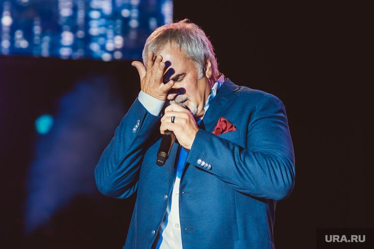 Меладзе призвал артистов отказаться от ТВ-концертов на Новый год. «Может тогда люди заметят» артисты,Новый год,общество,россияне