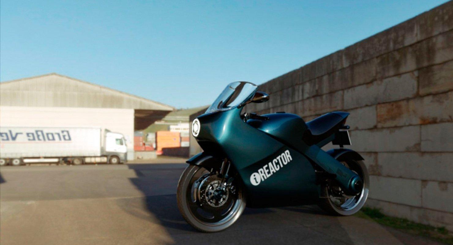 Представлены рендеры обновленного мотоцикла «Урал» Автомобили