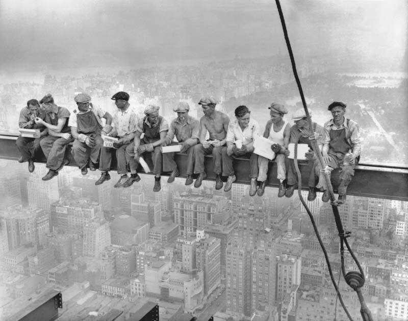 Cамые впечатляющие кадры жизни американских рабочих начала XX века высота