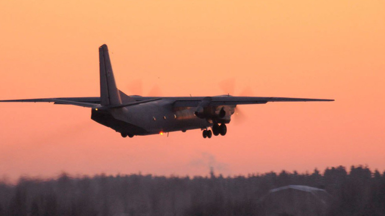 Авиакомпания взыщет убытки с хулигана, открывшего дверь самолета в Шереметьеве Происшествия