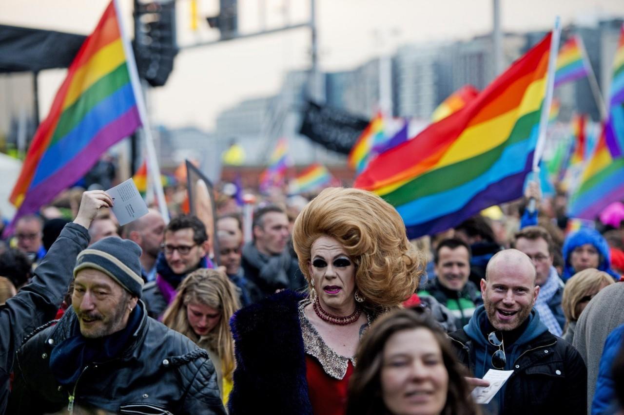 Немецкие ЛГБТ-активисты 9 ма…